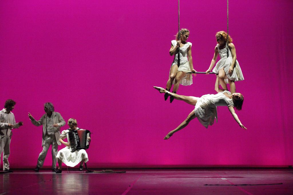 60_6_trapeze